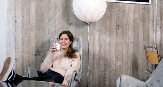 Carolina Von Rosen with coffee