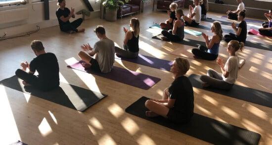 Yoga_med_Dag